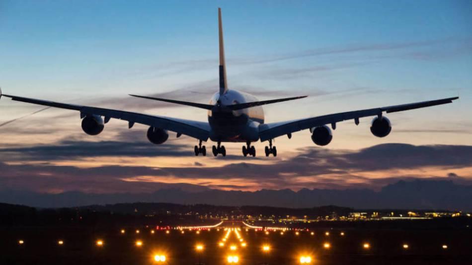 160-espanoles-pasan-nueve-horas-atrapados-en-el-aeropuerto-de-argel