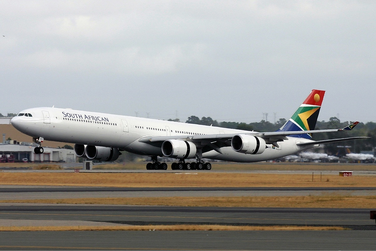 South_African_Airways_Airbus_A340-600_PER_Monty-1.jpg