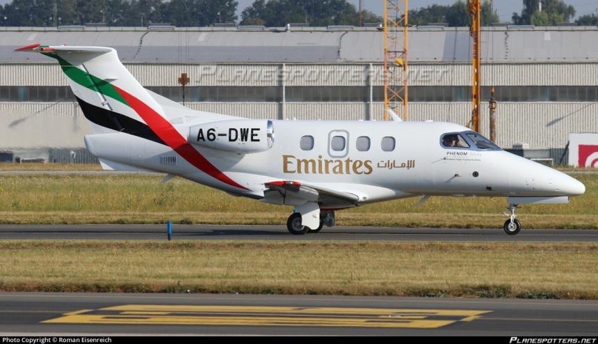 a6-dwe-emirates-flight-training-academy-embraer-emb-500-phenom-100_PlanespottersNet_870600_437a61dd12.jpg
