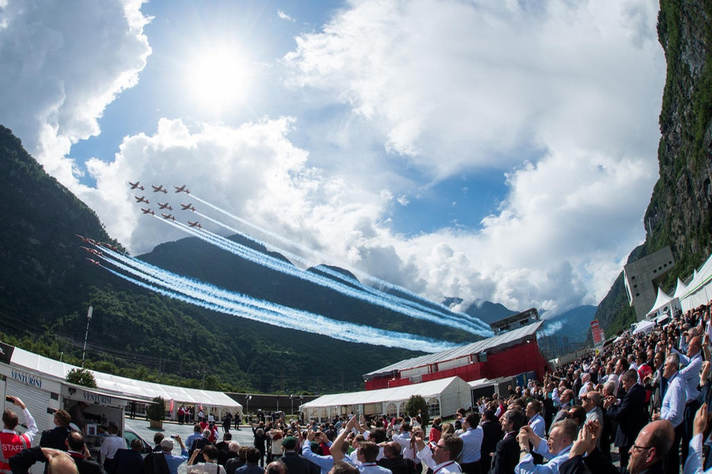 Patrouille-Suisse-aerobatic-team-of-the-Swiss-Air-Force-mistakenly-Performs-Flyover-At-The-Wrong-Place